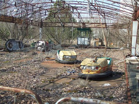 Pripyat - Bumper cars, partially disassembled by looters. Date 	10 avril 2006, 06:12